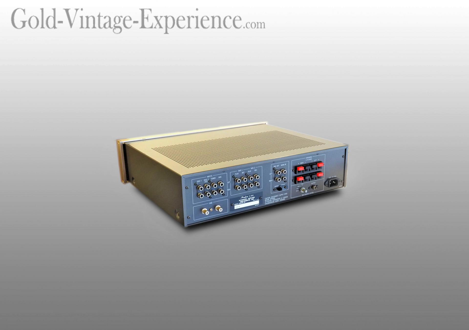 Accuphase e 203 02
