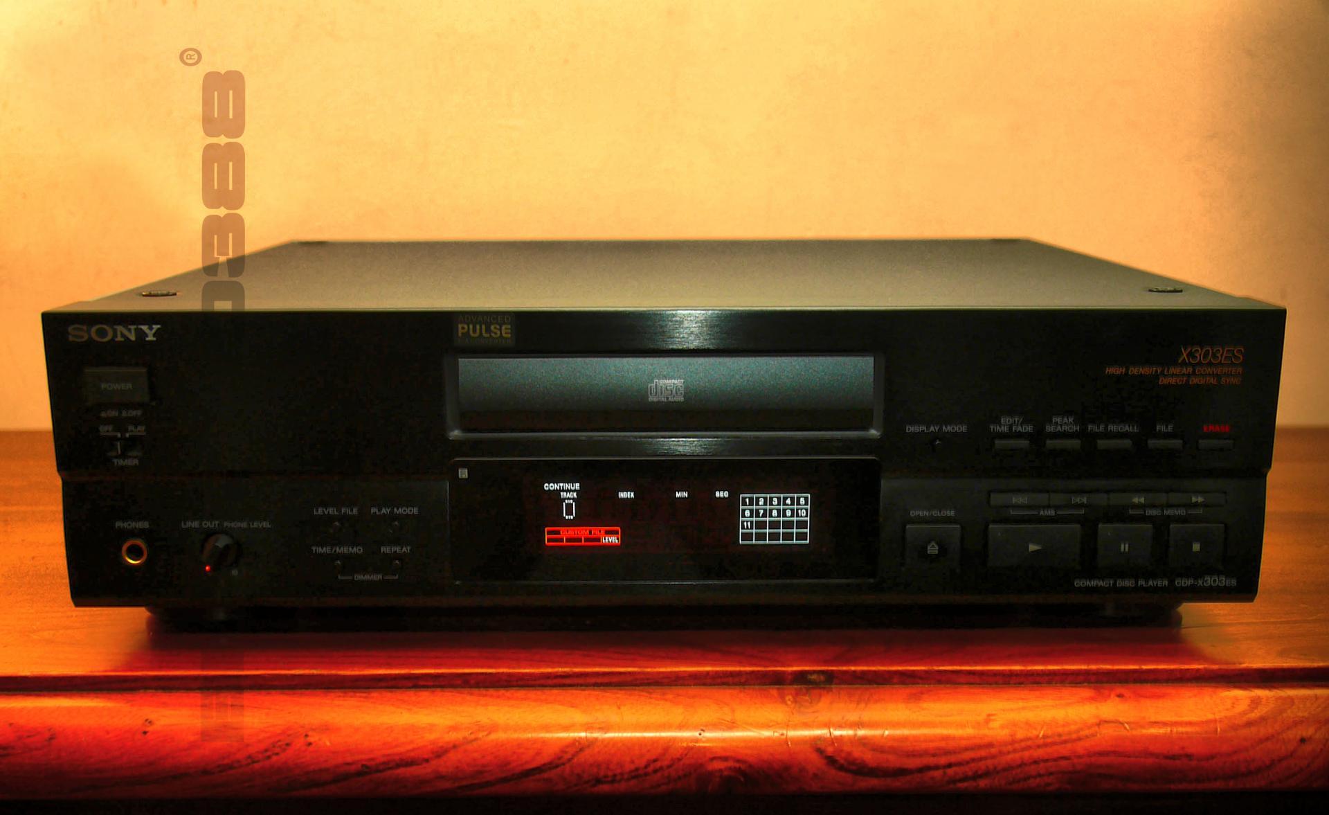 SONY CDP X 303 ES - 01