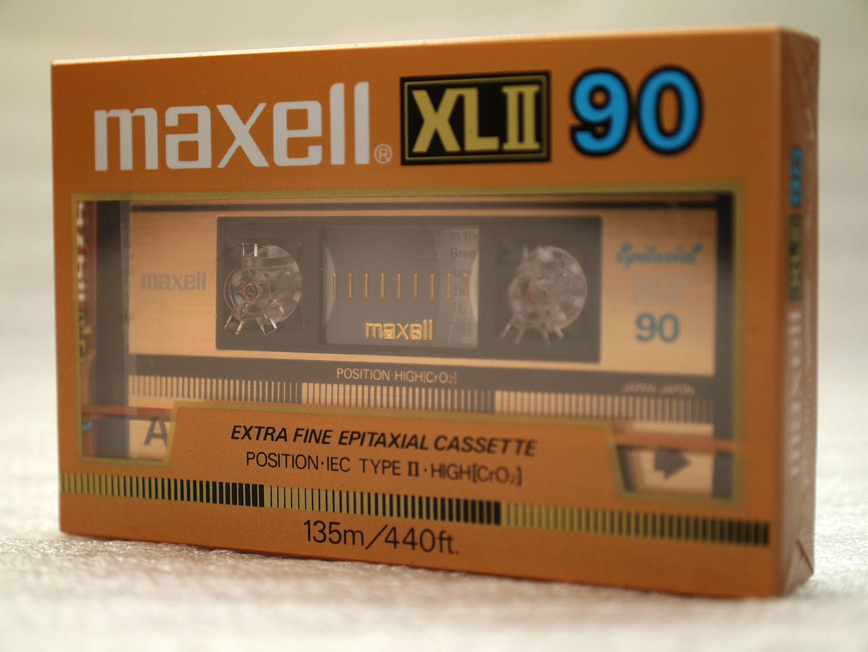 Maxell xlii 90 01
