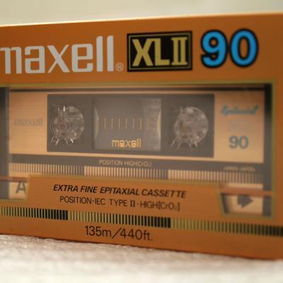 MAXELL XLII 90